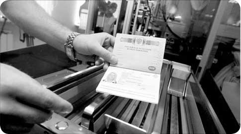 Как в госуслугах оформить загранпаспорт